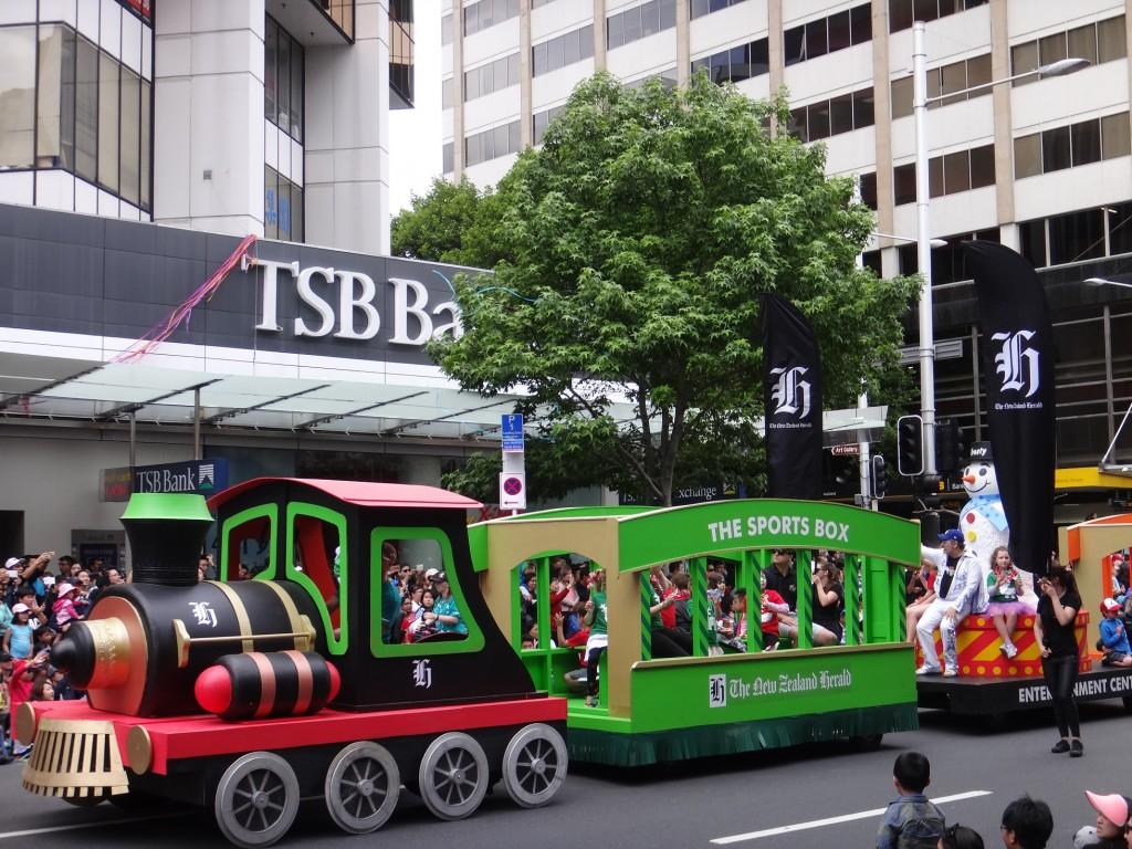 Auckland Santa Parade - NZ Herald Float